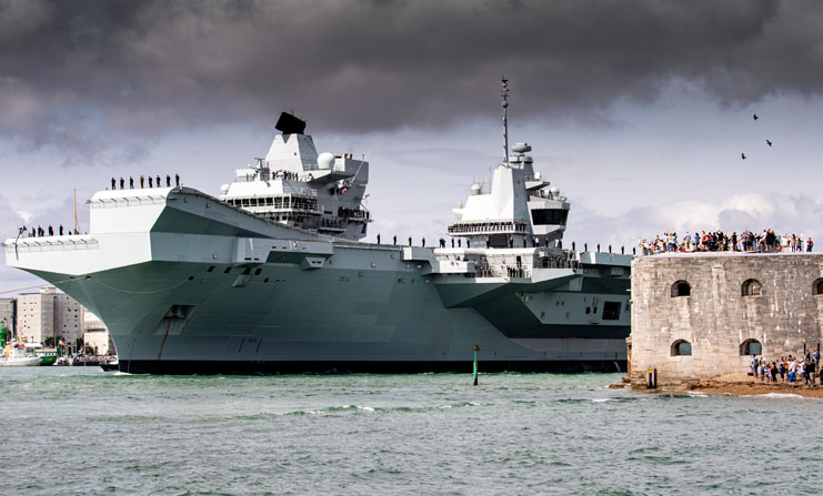 HMS Queen Elizabeth leaving Portsmouth